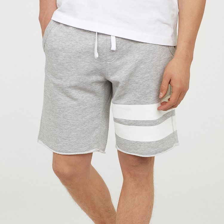 Picture of Knee-lenght Shorts